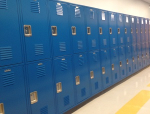 Blue_lockers_at_IATCS